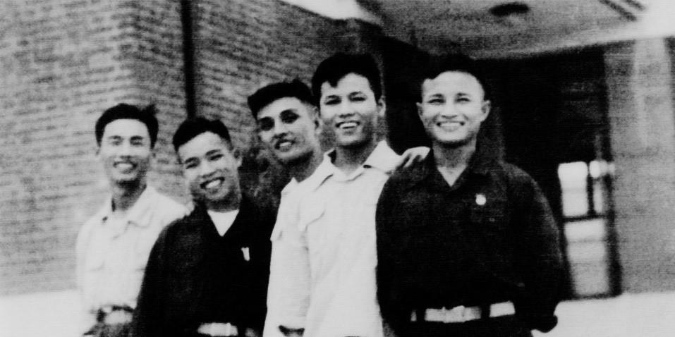 Viết về người thầy kính yêu của mái trường Nguyễn Siêu